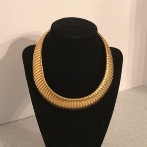 Vintage chunky gold ribbed statement  necklace